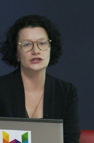 Dr Magdalena Grabowska, wykład Emancypacja kobiet w Polsce: ciągłość i zerwanie, Kawiarnia Naukowa 1a