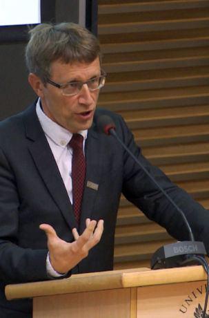 Prof. Krzysztof Meissner, debata Skąd wiemy, że istnieją ogólne prawa przyrody? XXII Festiwal Nauki w Warszawie
