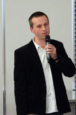 Dr hab. Jakub Drożak, wykład Antybiotyki - historia odkrycia, mechanizm działania, wpływ na organizm człowieka, Festiwal Nauki w Warszawie