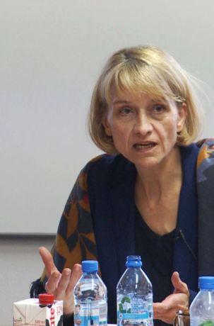 """Prof. dr hab. Małgorzata Jacyno - seminarium IRWiR PAN poświęcone książce """"Kultura na peryferiach"""" wydanej w 2018 roku przez Narodowe Centrum Kultury"""