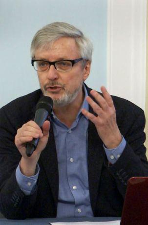 Prof. Jacek Leociak: Muranów wciąż kryje pod ziemią wiele tajemnic