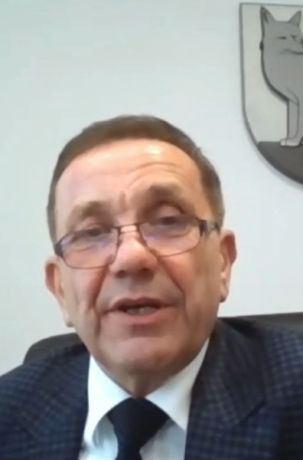 Krzysztof Iwaniuk, który reprezentuje Związek Gmin Wiejskich Rzeczypospolitej Polskiej, opowiada, czym zajmuje się kierowana przez niego organizacja oraz z jakimi problemami zmagają się gminy wiejskie i miejsko-wiejskie w Polsce