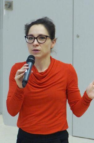 Katarzyna Szymielewicz z Fundacji Panoptykon tłumaczy, czego mogą się o nas dowiedzieć firmy technologiczne, takie jak Facebook. Festiwal Nauki w Warszawie, 28 września 2019.