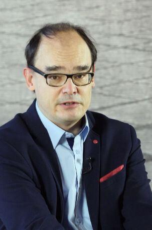 Dr hab. Konrad Bobiatyński: Husaria nosiła skrzydła na paradach, a nie na polu bitwy